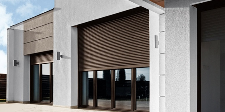 Integrated roller shutters Opoterm